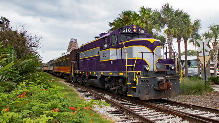The Royal Palm Royal Pizza Express Railway Train Car during an original orlando tours visit to historic mount dora florida